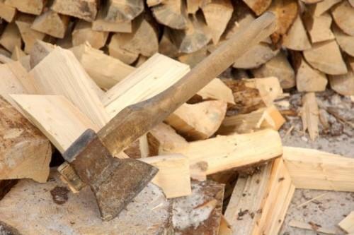 Як розколоти дрова