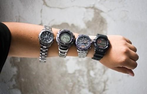 Почему наручные часы останавливаются при смерти человека.