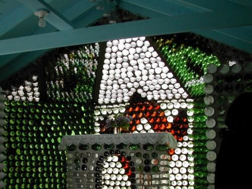 Как построить дом из бутылок фото с схемами