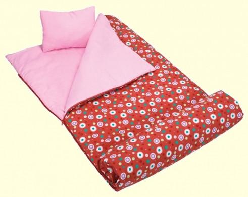 Из чего сделать спальный мешок своими руками