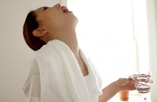 Як лікувати хворе горло при