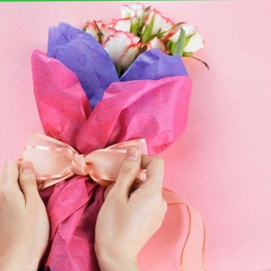 Живі квіти це чудовий подарунок який